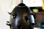 Fönsterlampa Pigge, matt svart med svart armatur.