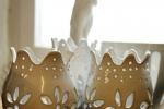 Ljuslyktan Isa i stengods, glaserad blank vit
